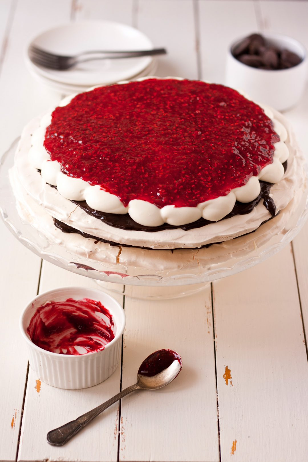 pavlova-with-raspberries-1