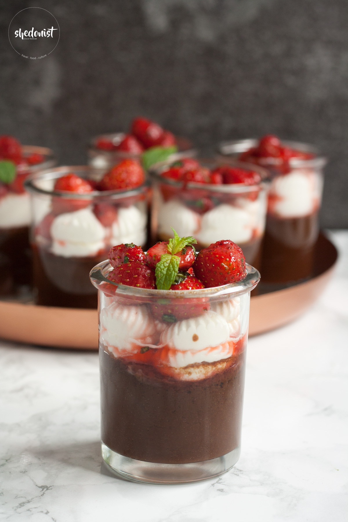 chocolate-cream-with-strawberries-2